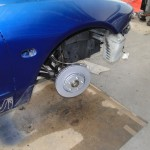 vorne links neue Radnarbe und Bremse